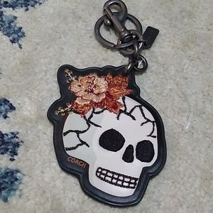 NWOT COACH skull embroidered flowers keychain